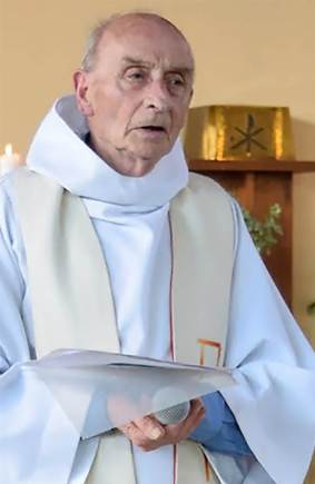 160726-world-france-church-attack-priest-hamel-1113_de224108b1bd825cd734467bda0ec035-nbcnews-ux-2880-1000
