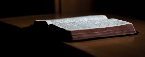 cropped-open-bible-on-desk2.jpg